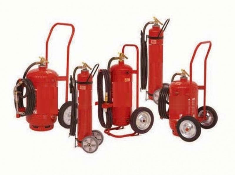 Extintor de Incêndio sobre Rodas na Cidade Líder - Suporte para Extintores